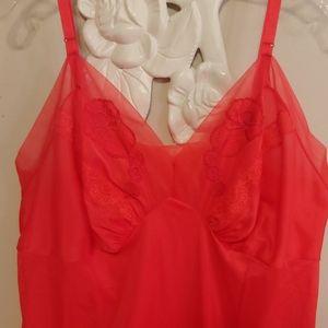 Vintage plus size Texsheen cherry red slip